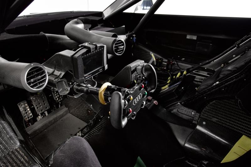 Audi RS5 DTM 2013 Cockpit