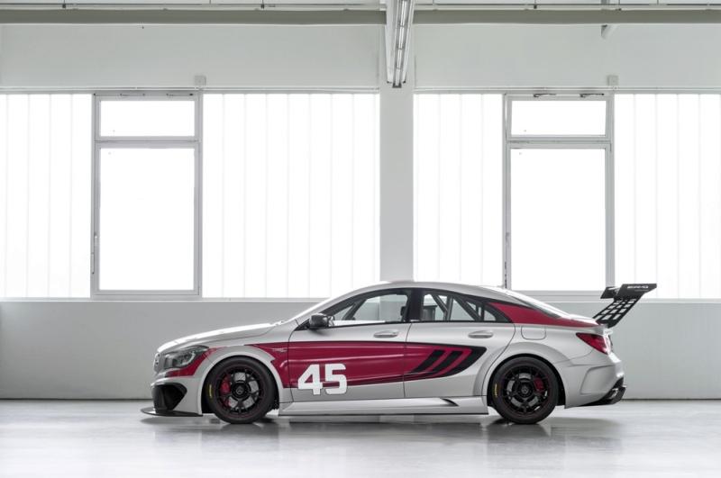 Mercedes-CLA-45-AMG-Racing