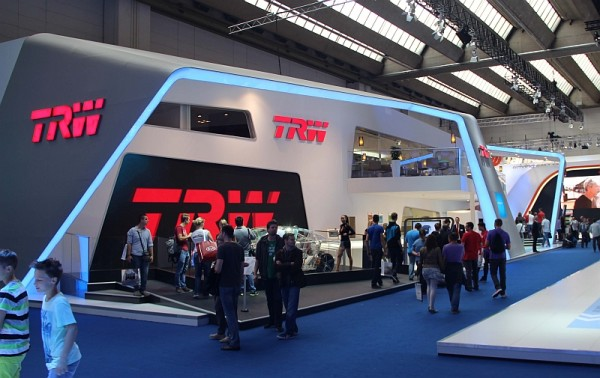 IAA 2013 - Messestand TRW