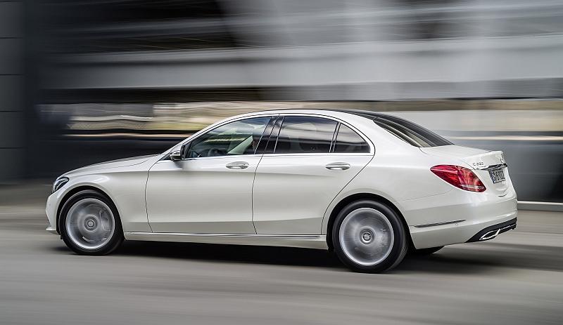 2014 Mercedes C-Klasse W205-Fahrt2