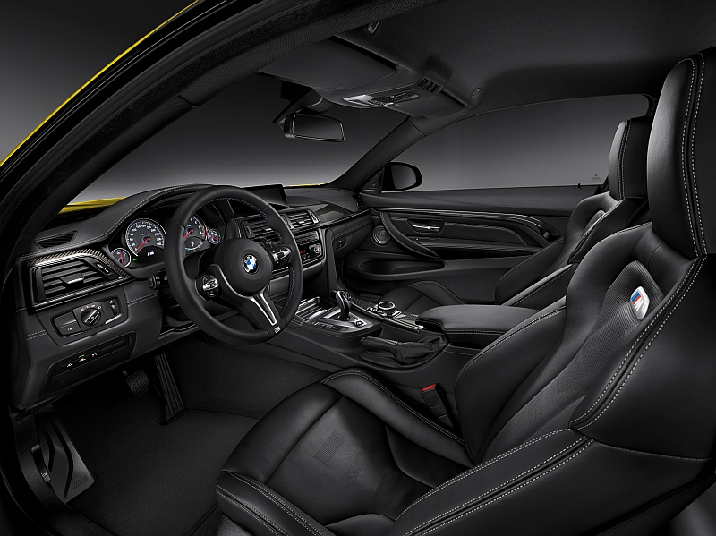 BMW M4 2014-Cockpit