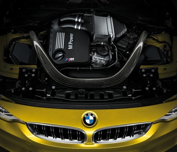 BMW M4 2014-Motor