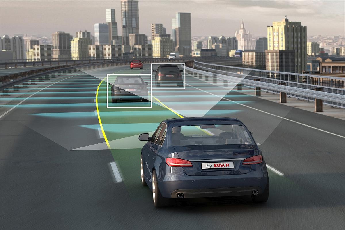 Selbstfahrende Autos sollen etwa drei Viertel aller Neuzulassungen bereits im Jahr 2035 weltweit ausmachen, besagt eine Studie der amerikanischen Unternehmensberatung Navigant Research Bild Bosch