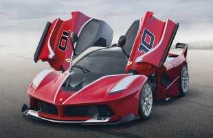 Ferrari FXX K: Hybrid-Supersportwagen mit 1 050 PS