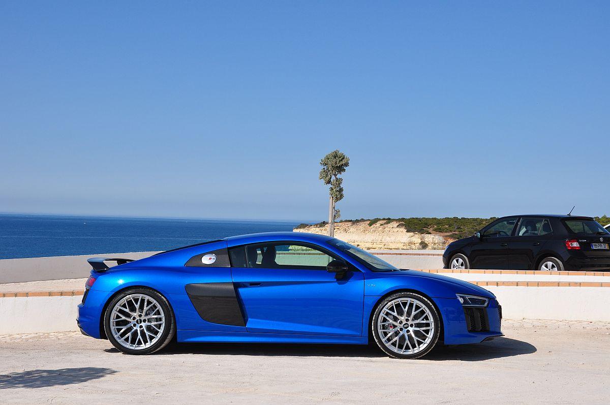 Audi R8 V10 plus 01