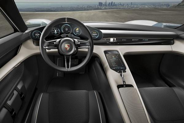 Porsche Mission E 07