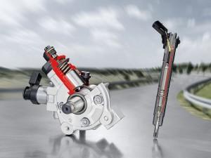 Einspritzpumpen und Injektoren wie das Bosch Common-Rail-System CRS3-25 erzeugen dank gehärtetem Stahl Drücke von 2 500 Bar