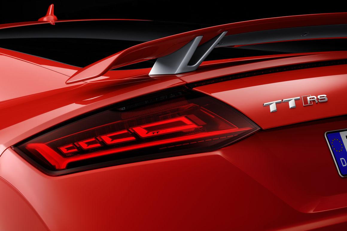Die Matrix Oled R 252 Ckleuchten Im Neuen Audi Tt Rs