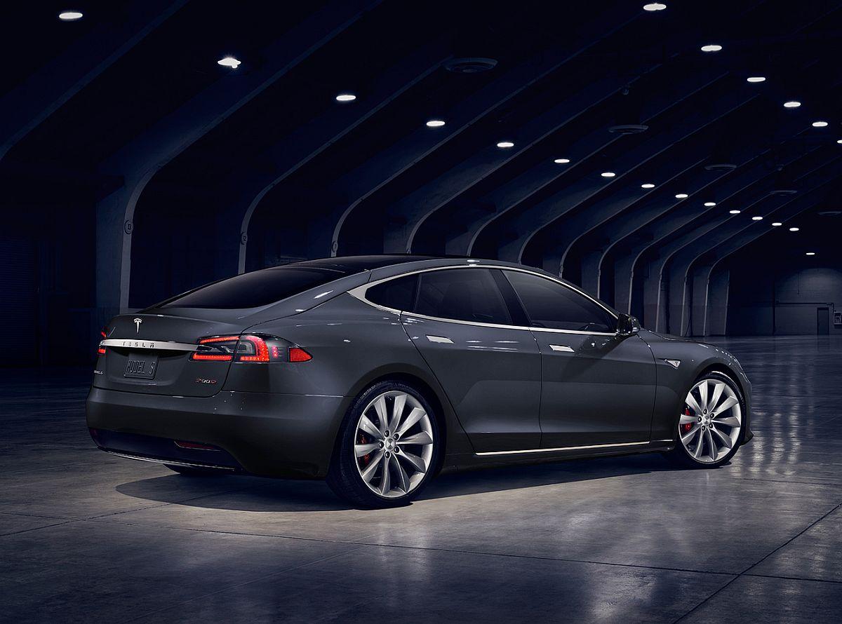 Tesla-Model-S-Facelift-2016-2