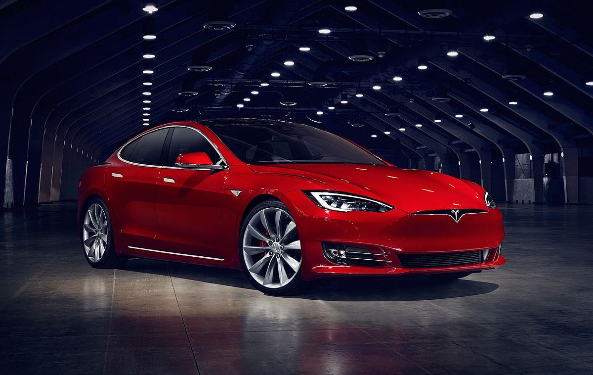 Tesla-Model-S-Facelift-2016