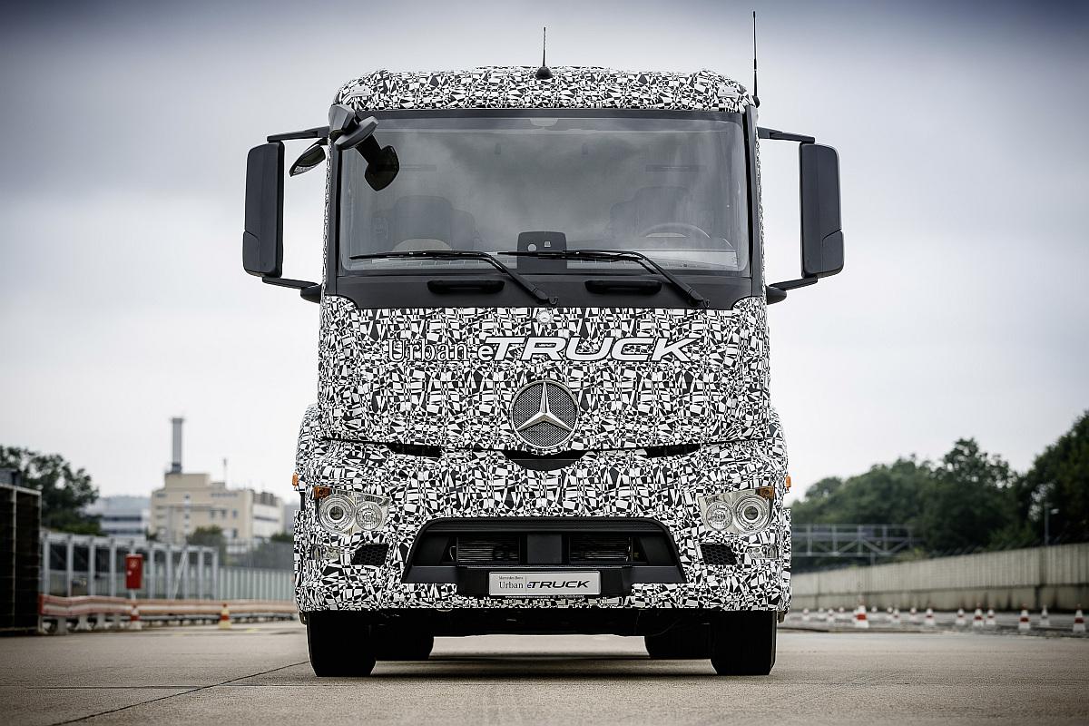 Mercedes-Benz Urban eTruck-1