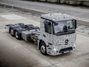 Mercedes-Benz Urban eTruck-2