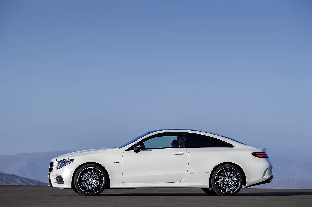 mercedes-e-klasse-coupe-03