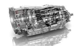 2017-02-16_1_ZF_8-Speed_Dual_Clutch_Transmission_Hybrid_corporate_crb
