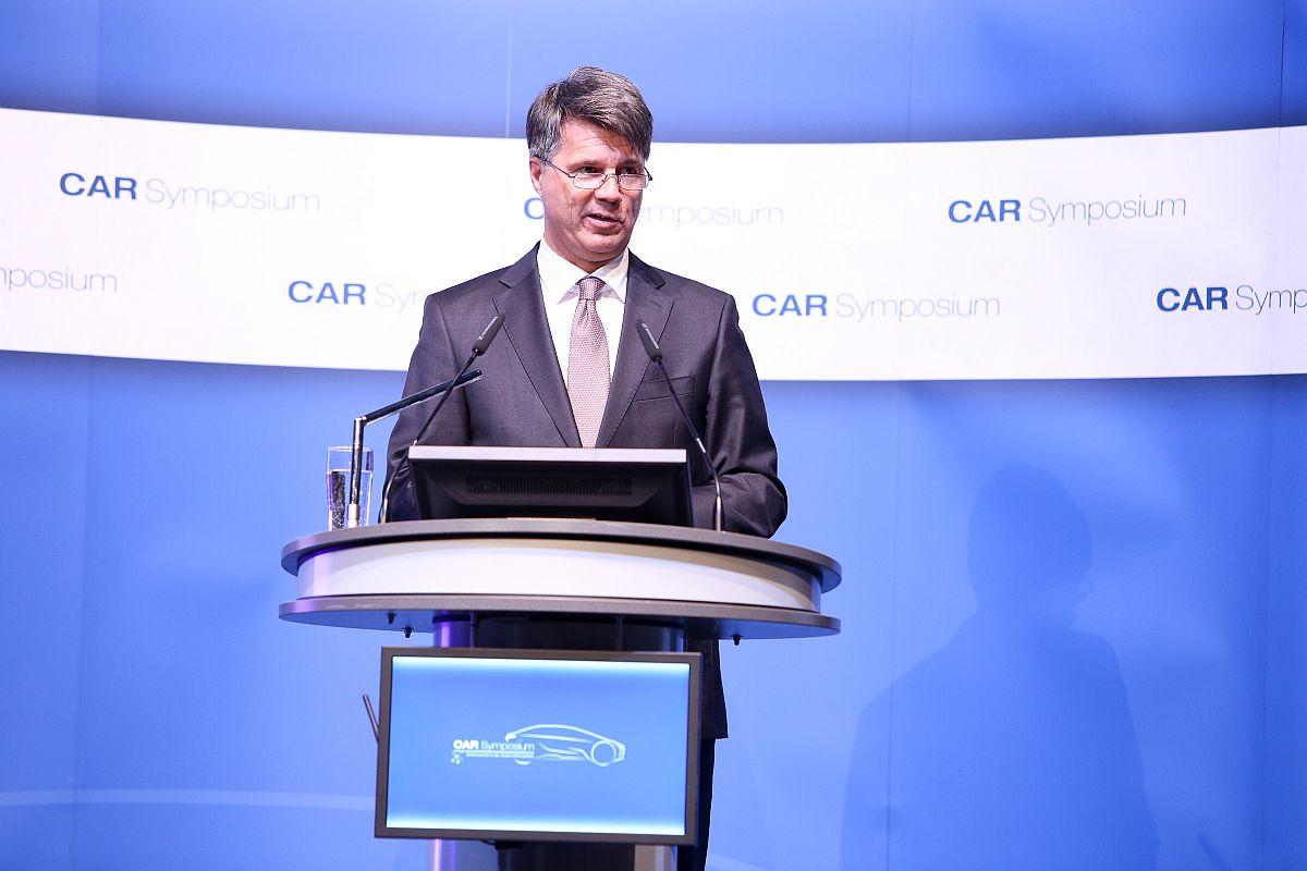 BMW-CEO Harald Krüger auf dem CAR-Symposium 2017