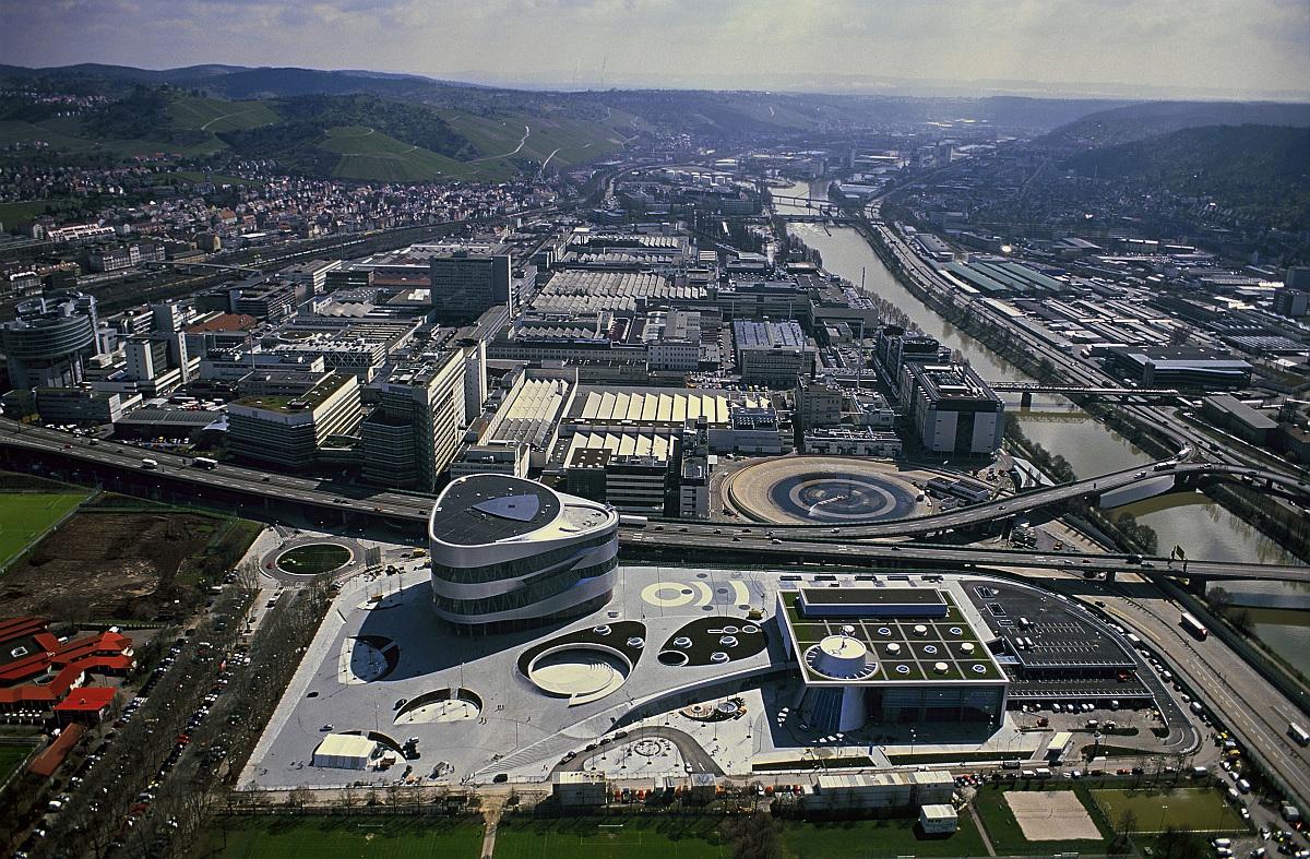 Mercedes_Benz_Werk_Untertürkheim