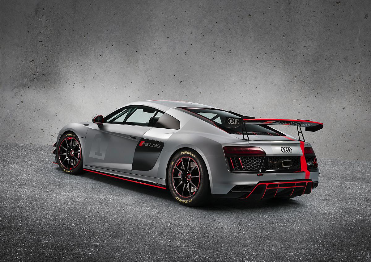 Audi R8 LMS GT4 5