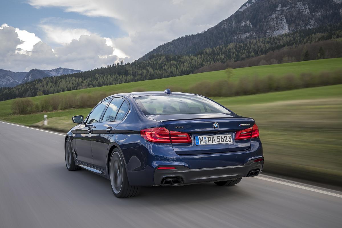 BMW M550d xDrive 02