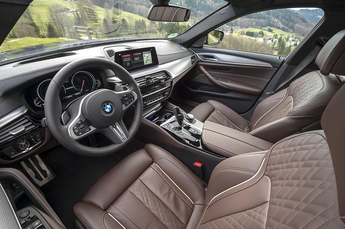 BMW M550d xDrive 03