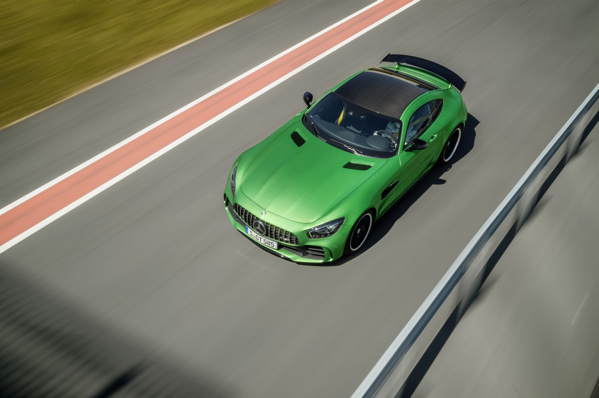 Mercedes-AMG-GT-R-Chassis-Controller-Aktive-Aero-05