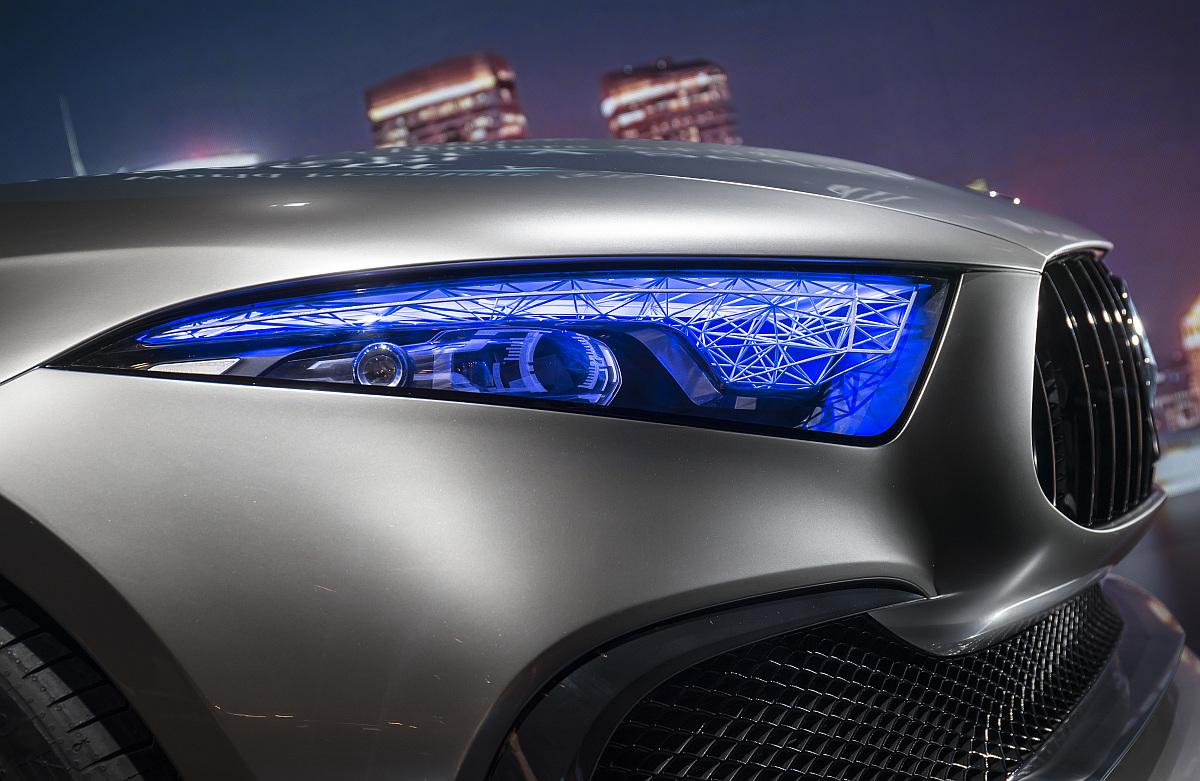 Mercedes-Concept-A-Sedan-07
