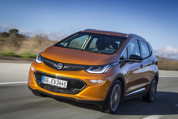 Opel-Ampera-e_2017_01-600×400