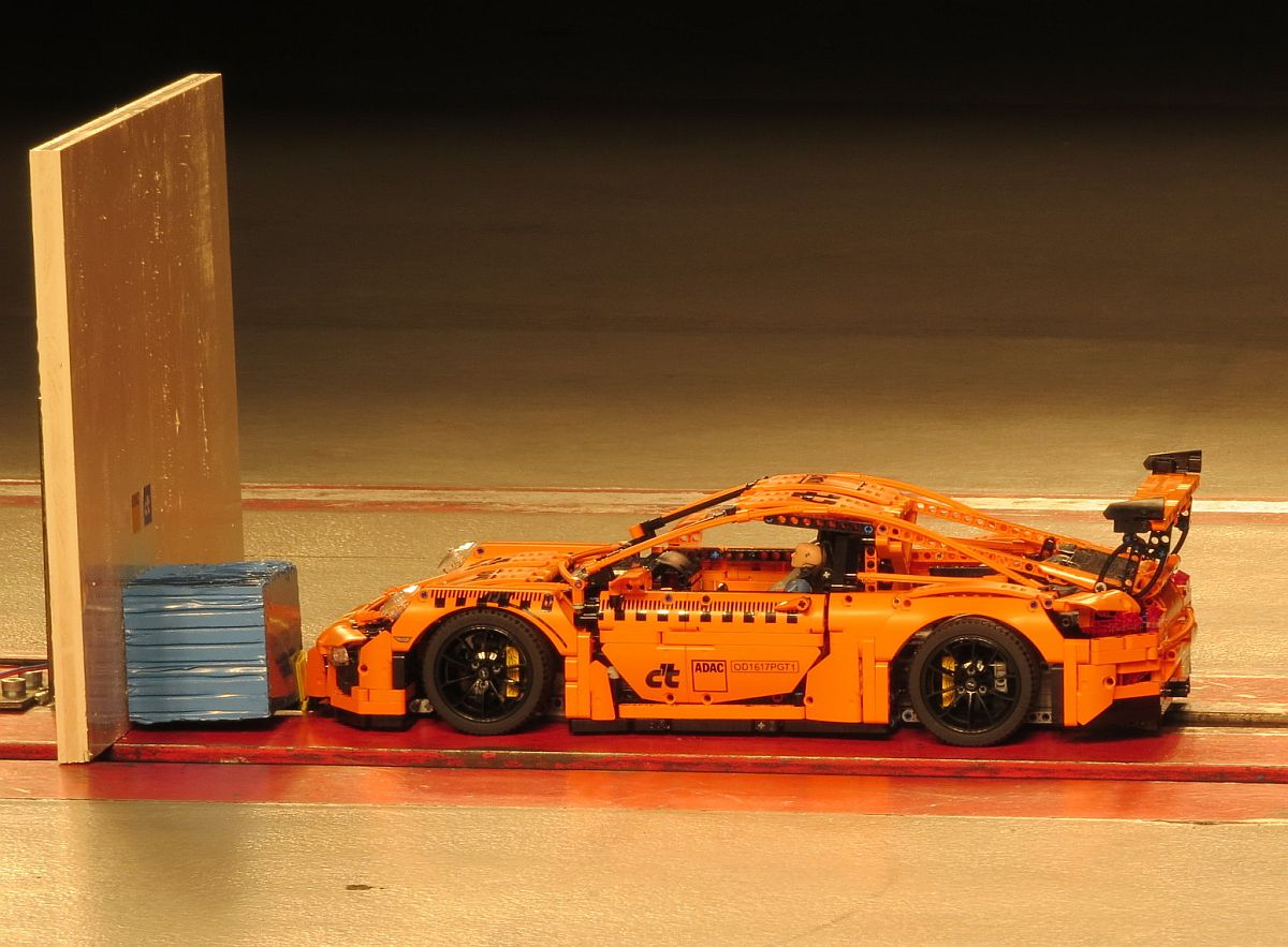 ADAC Crashtest-Porsche 911 GT3 RS Lego