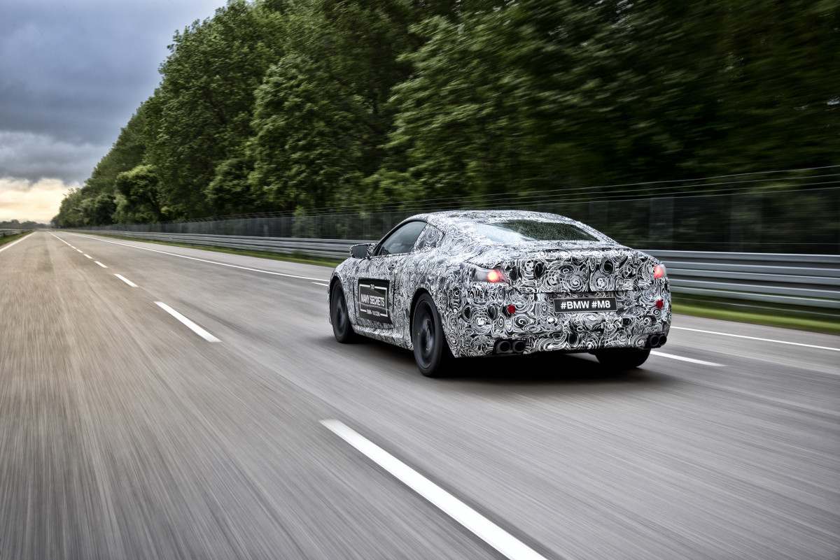 BMW-M8-06