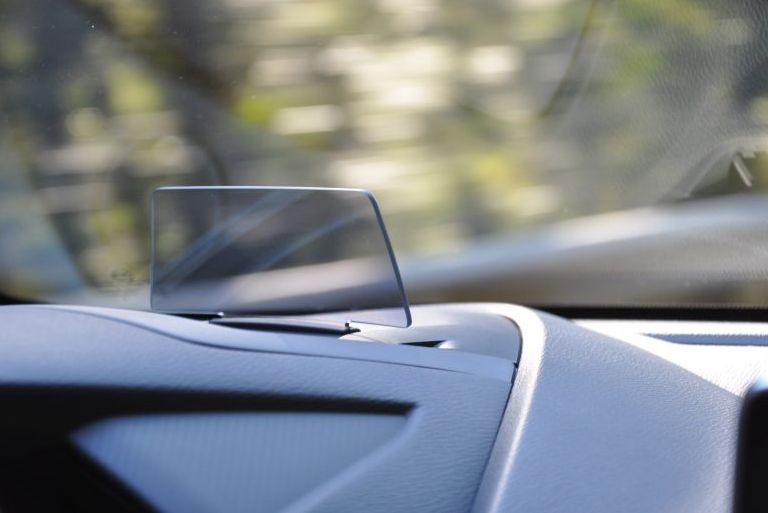 """Die """"alte"""" Lösung im Mazda2 von 2015. Bild: Automotive-Technology.de"""