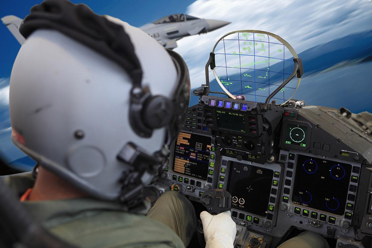 Head-Up-Display-im-Eurofighter-Simulator