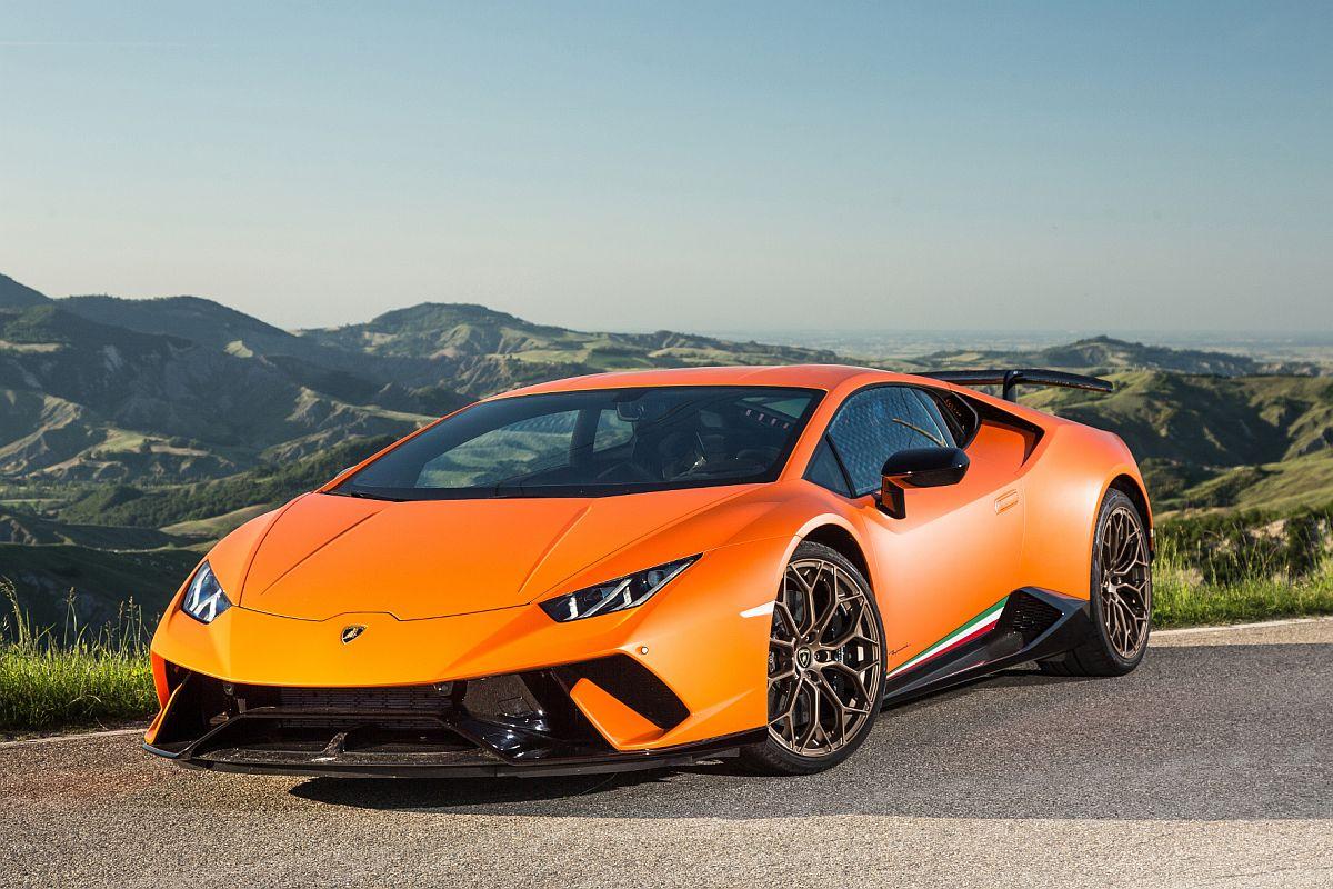 Lamborghini Huracan Performante 01