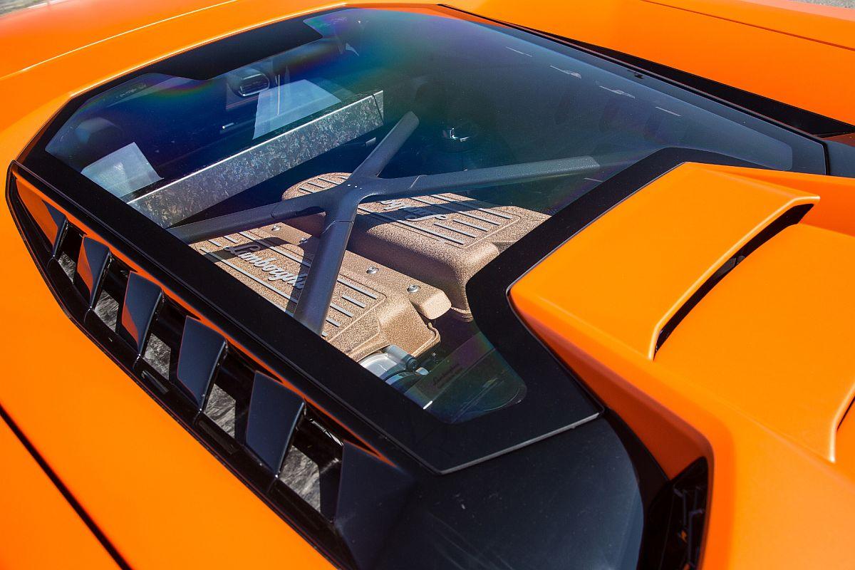 Lamborghini Huracan Performante 03