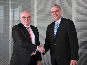 Strategische Partner: Faurecia-CEO Patrick Koller und ZF-CEO Dr. Stefan Sommer.