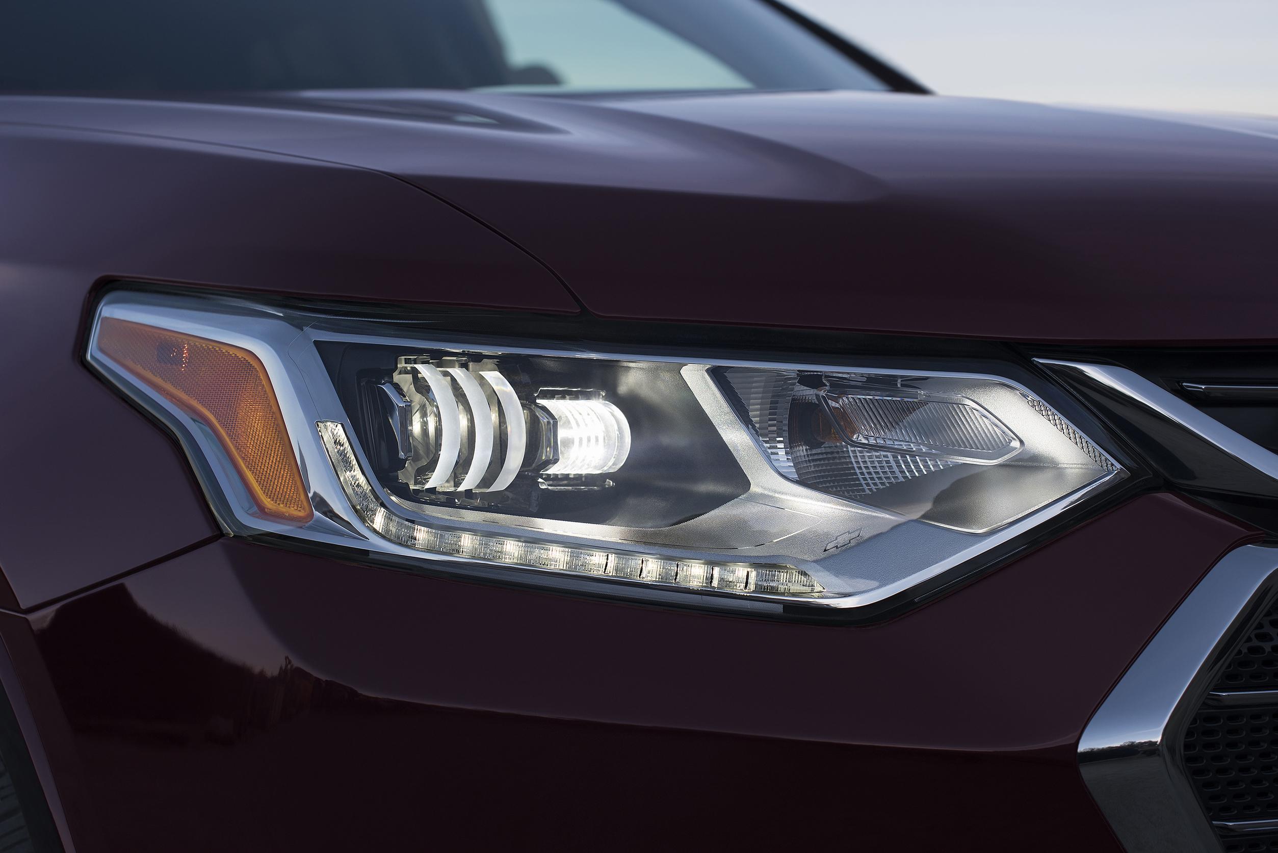 Magna präsentiert neue LED-Scheinwerfer-Generation