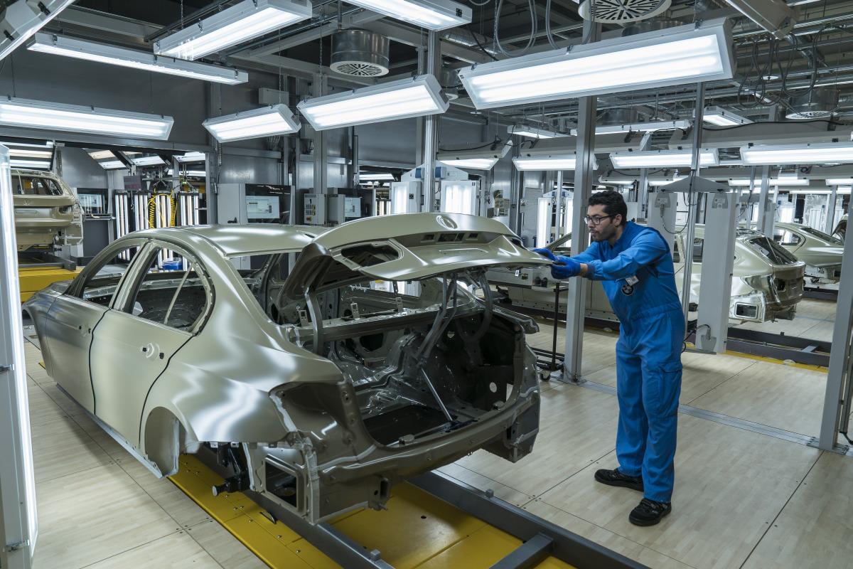 BMW-Werk-München-Neue-Lackieranlage-02
