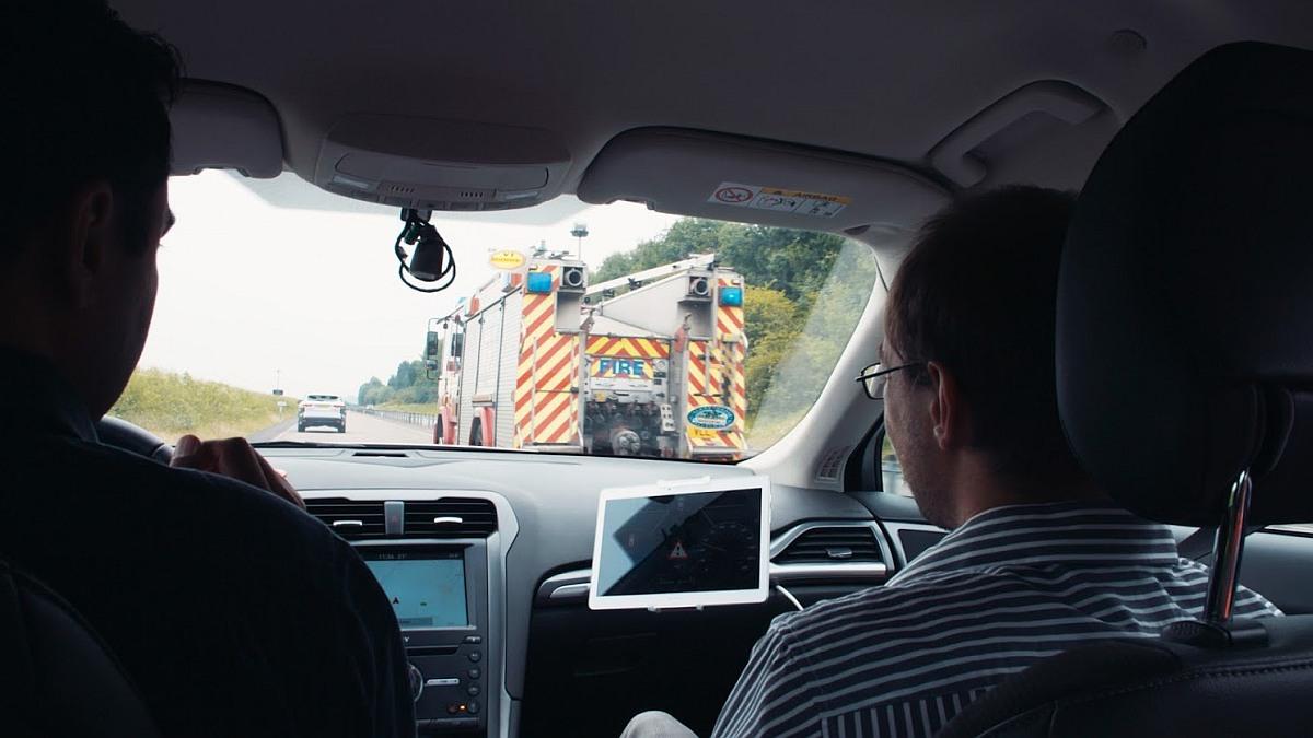 Neue Technologie für das frühzeitige Lokalisieren von Einsatzfahrzeugen