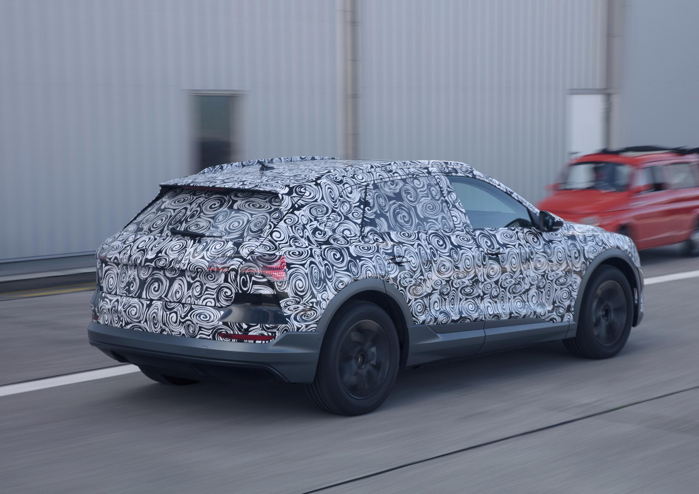 Prototyp: Der Audi e-tron quattro nimmt Formen an